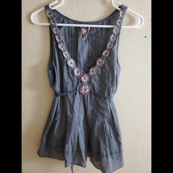 Free People Tops - Free People Sleeveless Embroidered Floral Tie Top